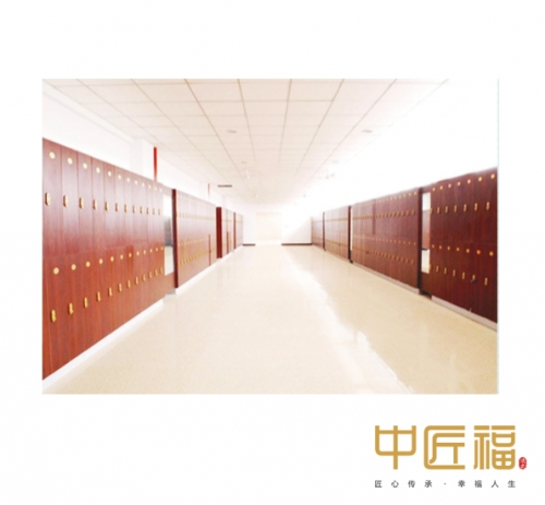 上海医院更衣室
